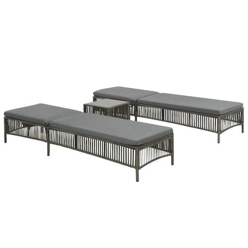 Solsängar 2 st med bord konstrotting grå
