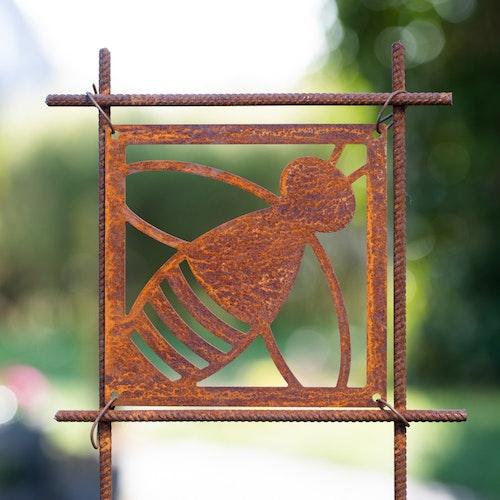 Rusty to bee