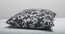 Marbäck – Kuddfodral - Grå jaquard