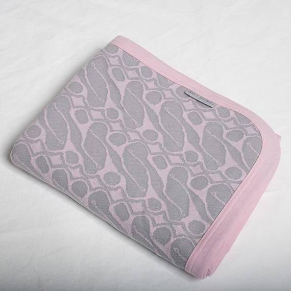 Marbäck - Baby Blanket - Pink Jaquard
