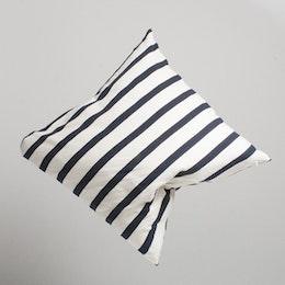 Marbäck – Pillowcase - Navy Stripe - 65x65 cm