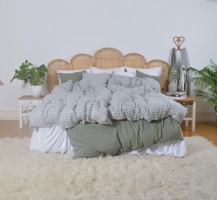 Marbäck - Örngott -Dimgrön / vit rand