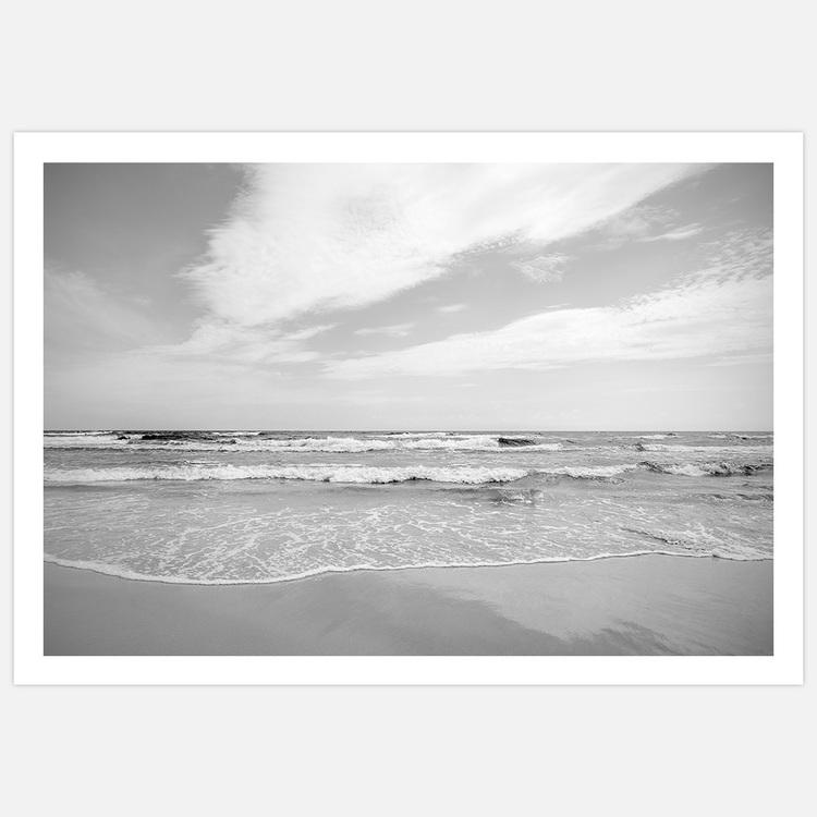 Sea Horizon black & white