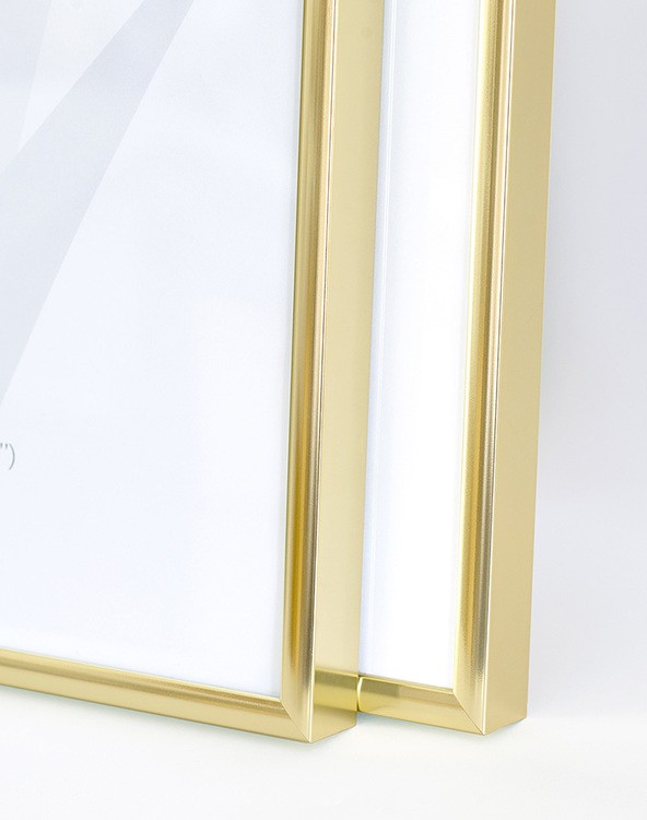 Gold colored picture frame 50x70 cm – 20x28 in – 8x22 mm