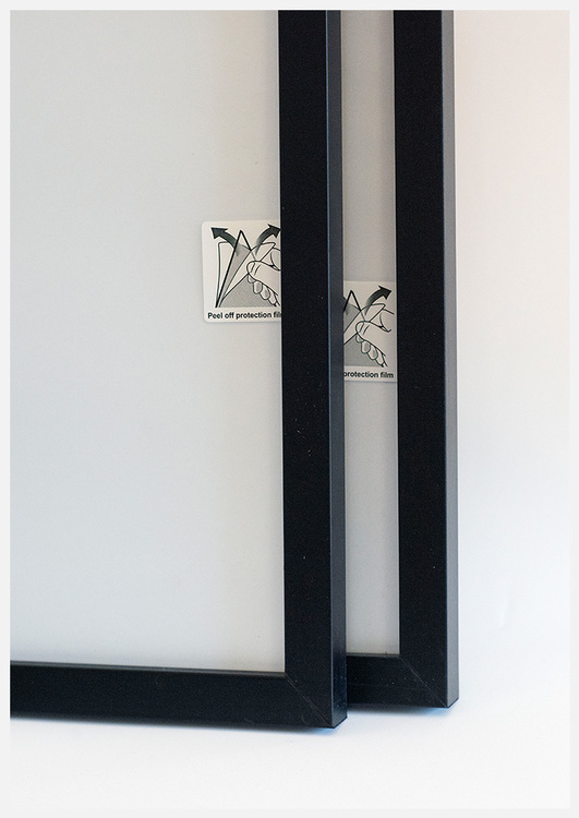 Black wood picture frame 50x70 cm – 20x28 in – 20x22 mm