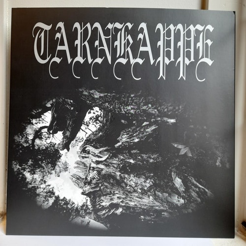 Tarnkappe - Tussen Hun En De Zon (Beg. LP Ltd.)