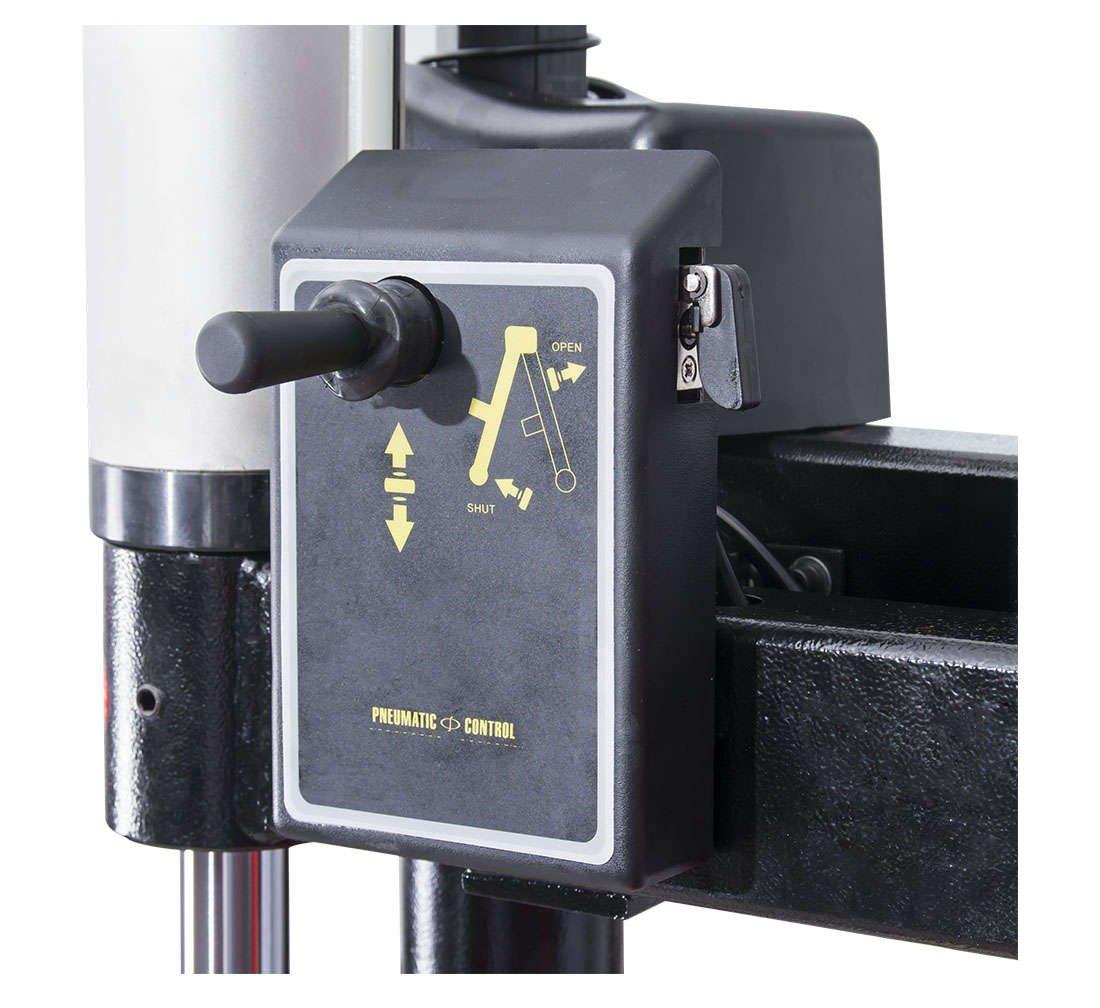 Däckmaskin halvautomatisk med en hiss RUN-FLAT arm REDATS M-215