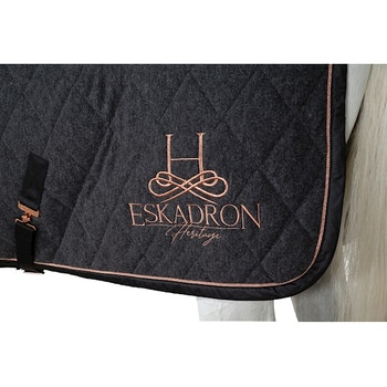 Eskadron Heritage Acryl Quilted Cooler Rug