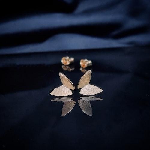 Fjäril på stift - guld