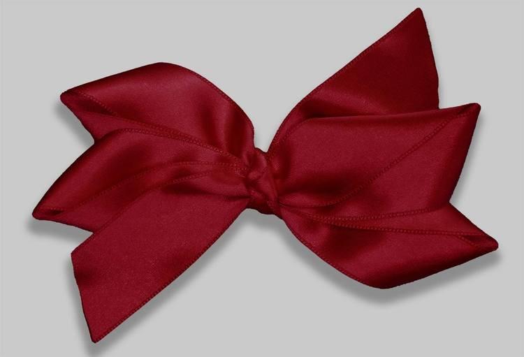Den perfekta stora julrosetten för barn och vuxna. julrosett Junielle i Christmasred från Ellarosetten.com