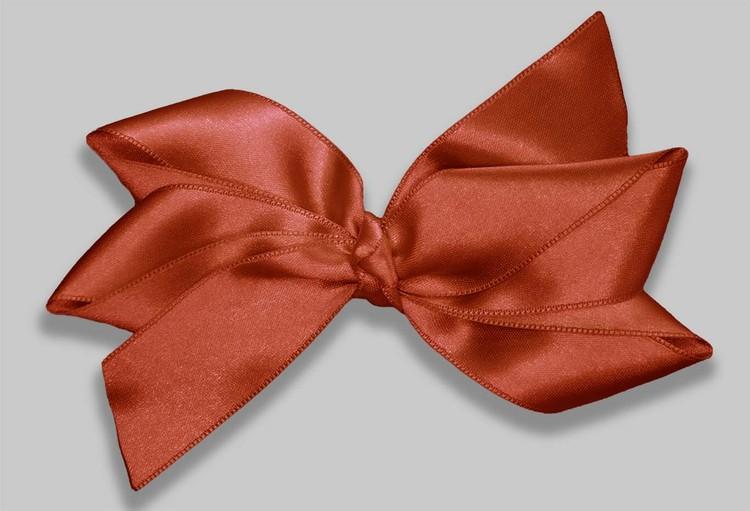 stor hårrosett i en höstig roströd färg av satinband OEKO-TEX