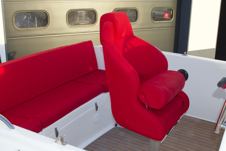 Marion 565 Cabin