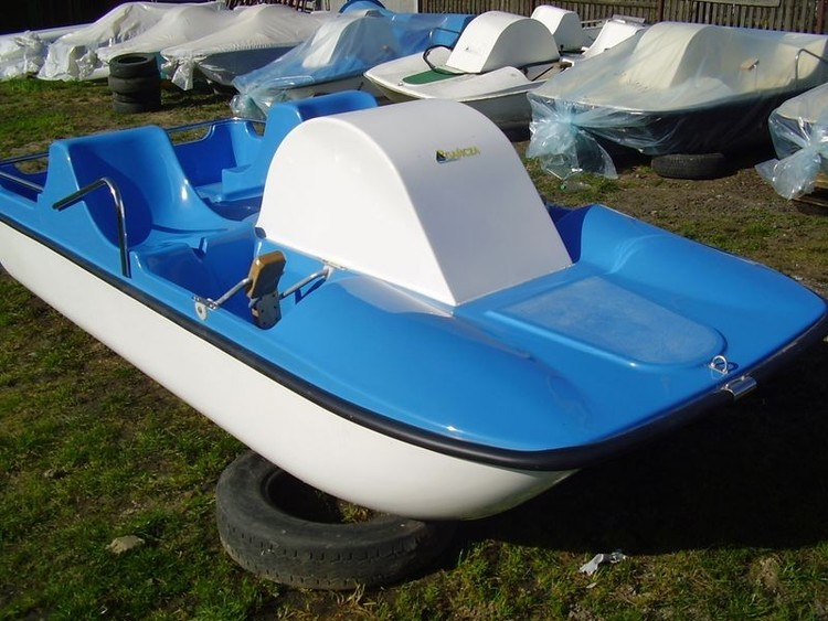 Klassisk pedalbåt
