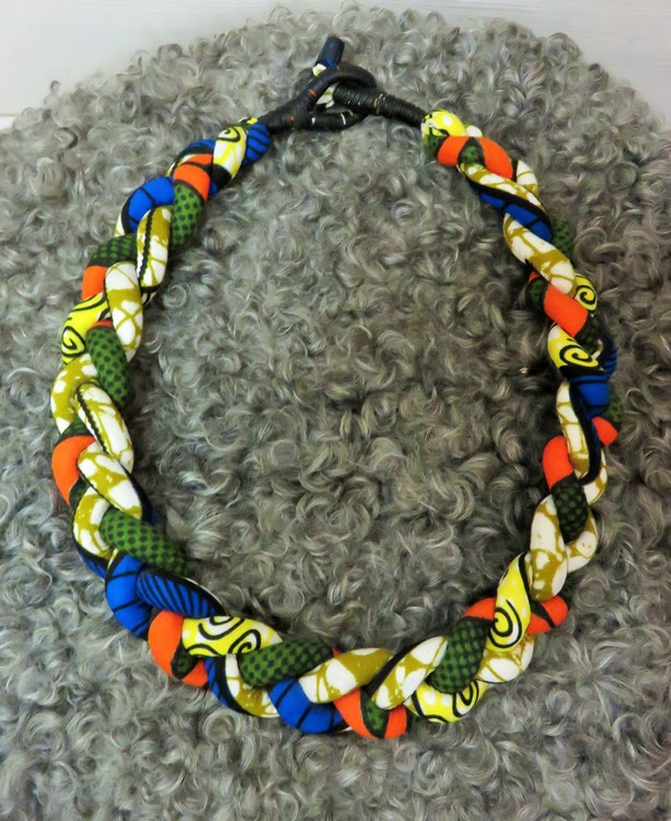 Halsband Flätat, flerfärgat