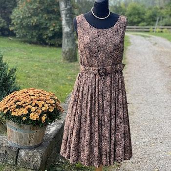 Klänning - Som på mormors tid