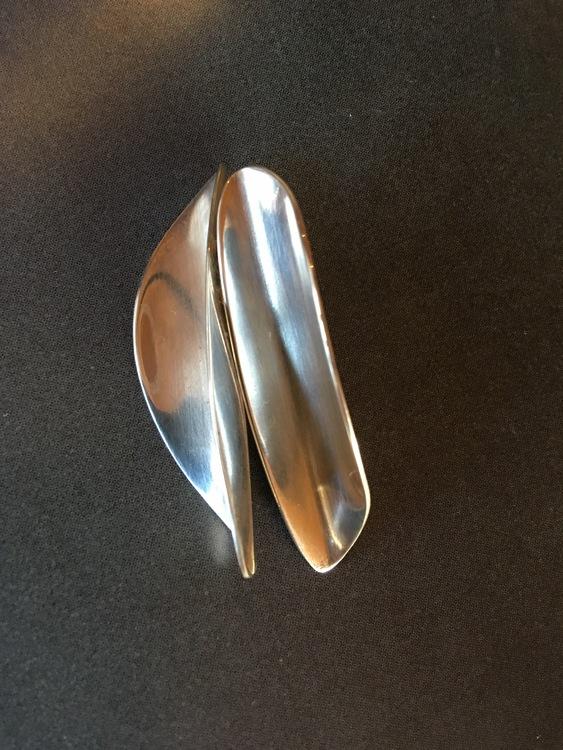 Silver-Petal
