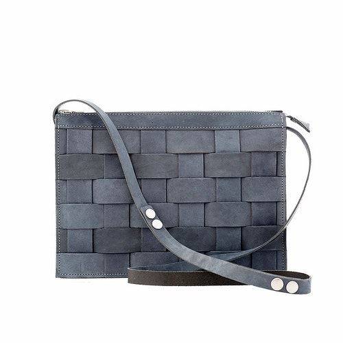 Näver Small Shoulder Bag Oily Navy Nubuck Leather