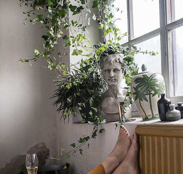 Statue Pot