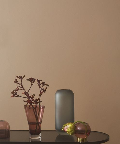 GLOBE vase w. stand Rose / Gold - Medium