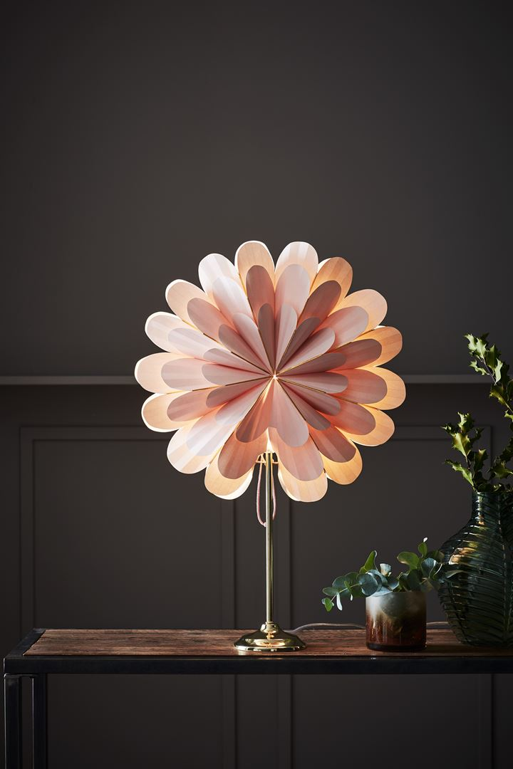 Marigold Table Lamp Pale Pink Ponsettia
