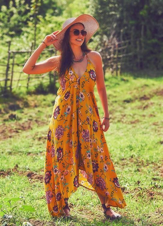 Assymmetrisk halterneck klänning