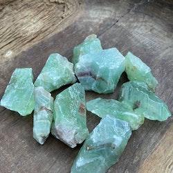 Kalcit Grön Rå