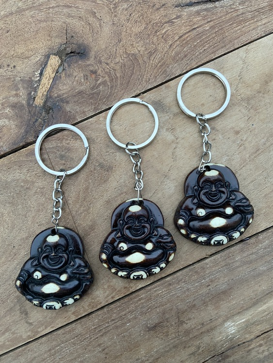 Kopia Nyckelring - Sittande leende buddha (mörk)