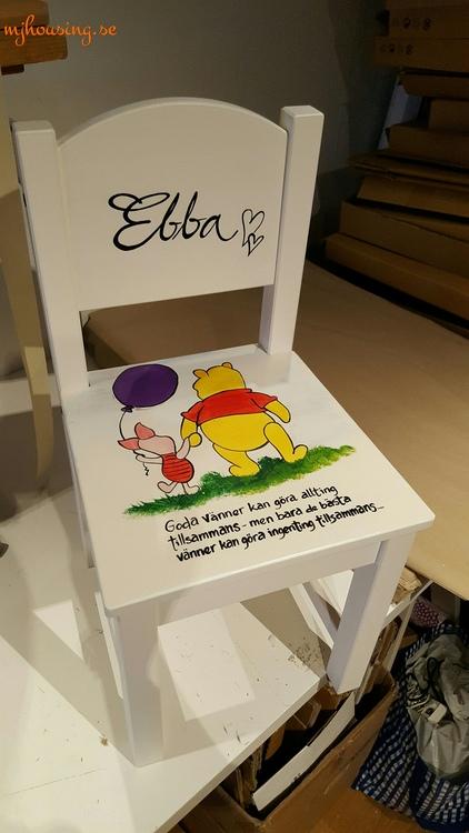 Handmålad Barnstol Miljöbild