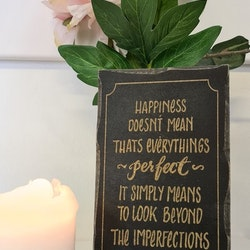 Trätavla Happiness