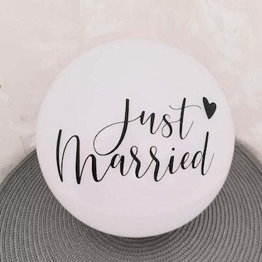 """Just married"" vinyltryck 6x11 cm"
