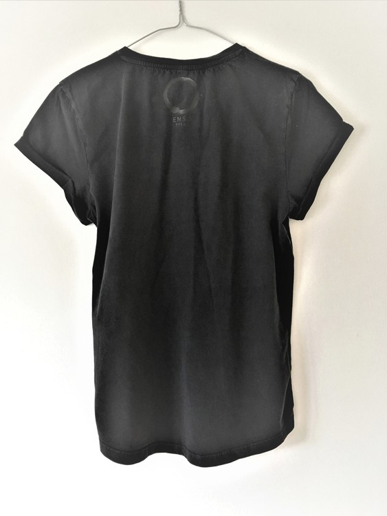 Breathe - T-shirt - Black från Enso Tribe