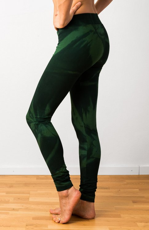 Thick Green Star Tie Dye leggings från Mata Hari
