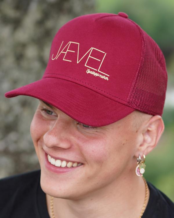 Caps, Jævel