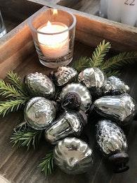 Julgranskulor i påse fattigmanssilver