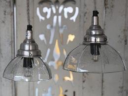 Fönsterlampa med slipat glas