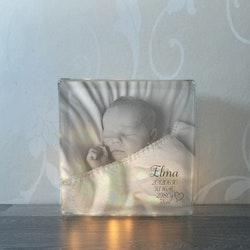 Glasblock med eget foto och födelseinfo