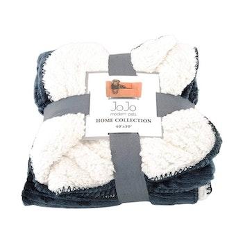 Luxury Dog Blanket - Cozy Fleece and Sherpa Cover - Gray