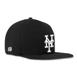 New York Mets Noir Nap Cap Plush Dog Bed