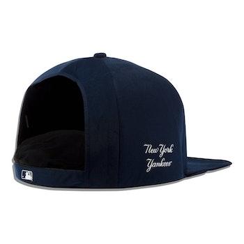 New York Yankees Nap Cap Plush Dog Bed