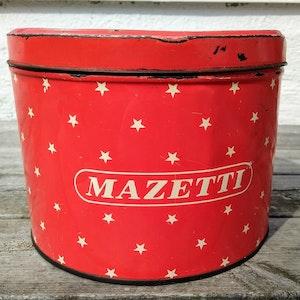 Röd klassisk Mazettiburk med stjärnor