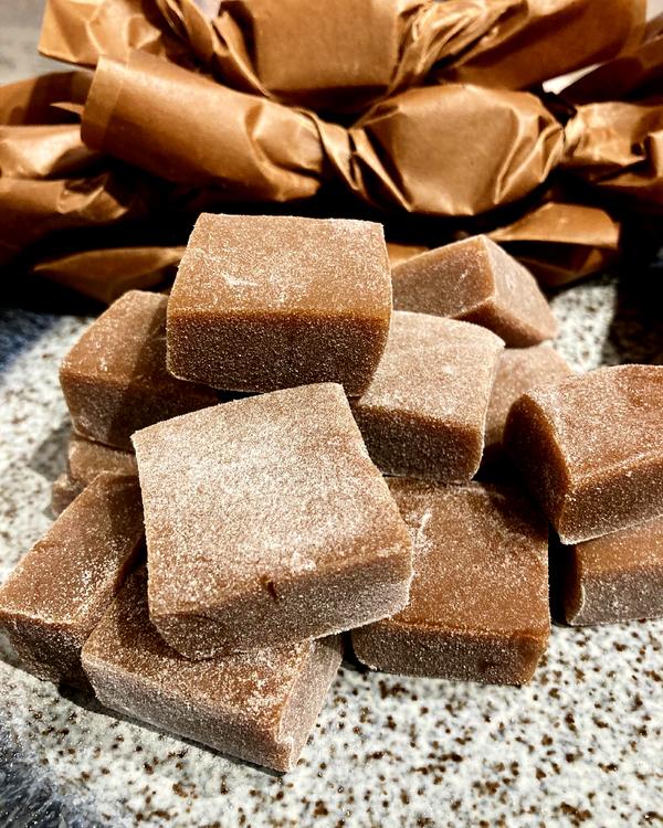 SALTLAKRITS-FROSSA - chokladkaka på köpet!
