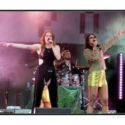 Icona Pop!
