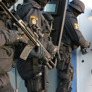 Polisutrustning - VAKTBUTIKEN.SE