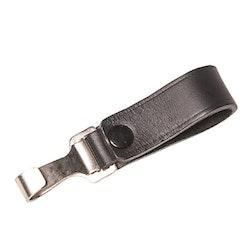Nyckelhållare i läder med koppelhake i metall