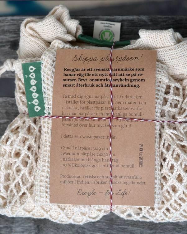 Zero waste presentpaket, mediumpaketet, korta handtag