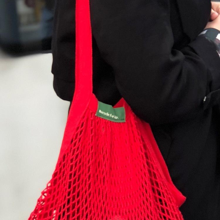 Nätkasse med långa handtag, röd, ekologisk GOTS certifierad bomull