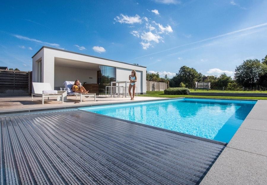 Vad ska man tänka på när man köper pool?cta image