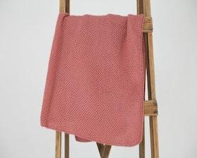 Stickad babyfilt rosa