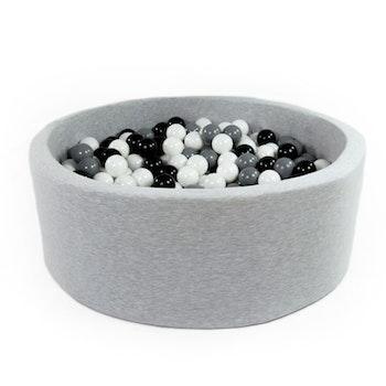 Grå bollhav (bollar – svart, grå & vit)