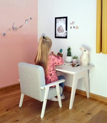 Vitt barnbord